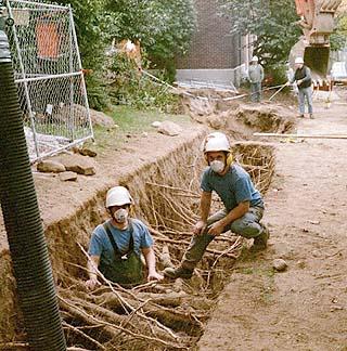 Air excavation