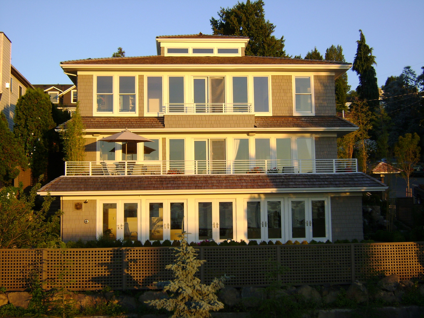 Seattle local business news and data environment for 3 story house