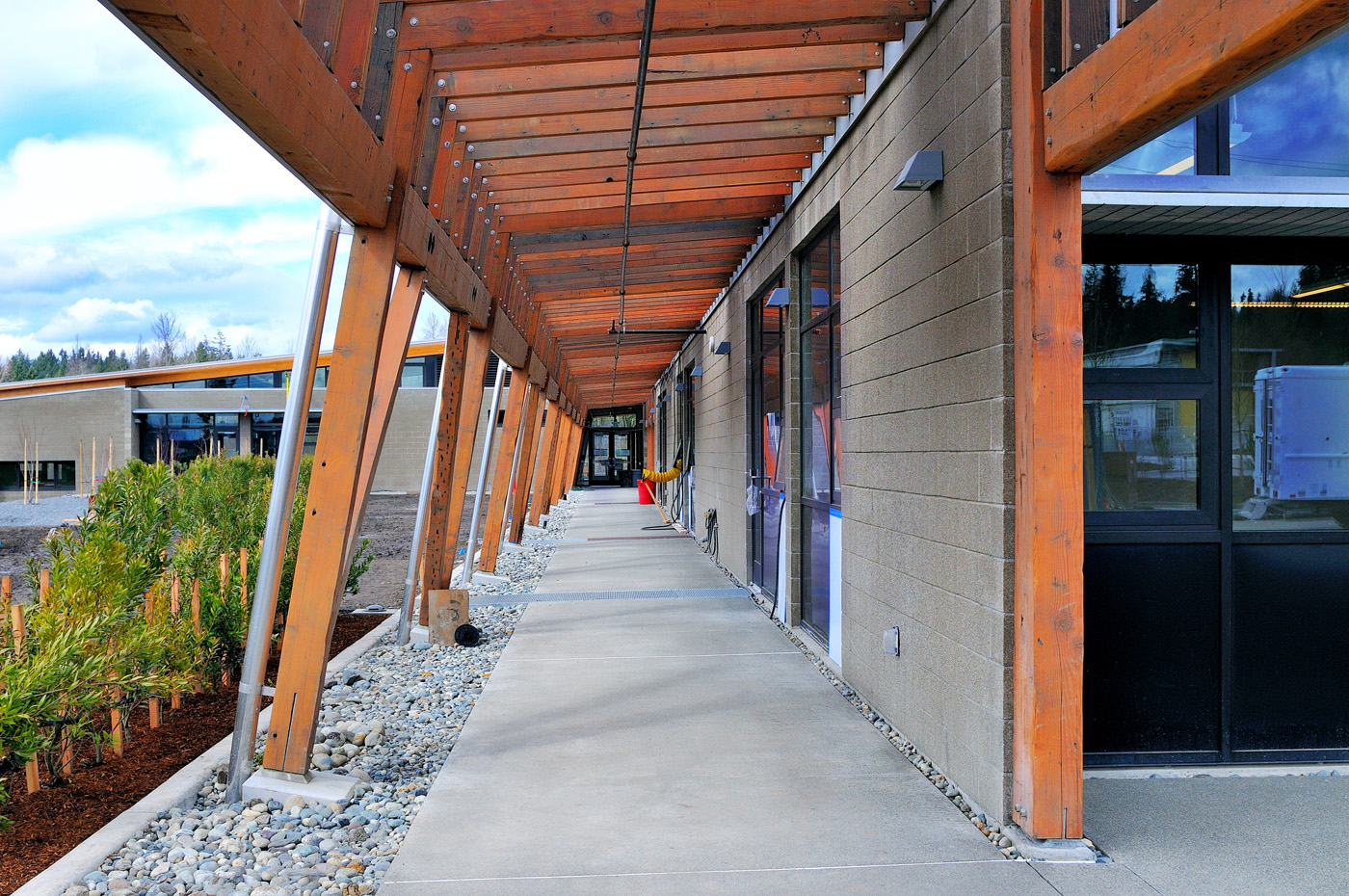 Covered Walkway Construction : Seattle djc local business news and data