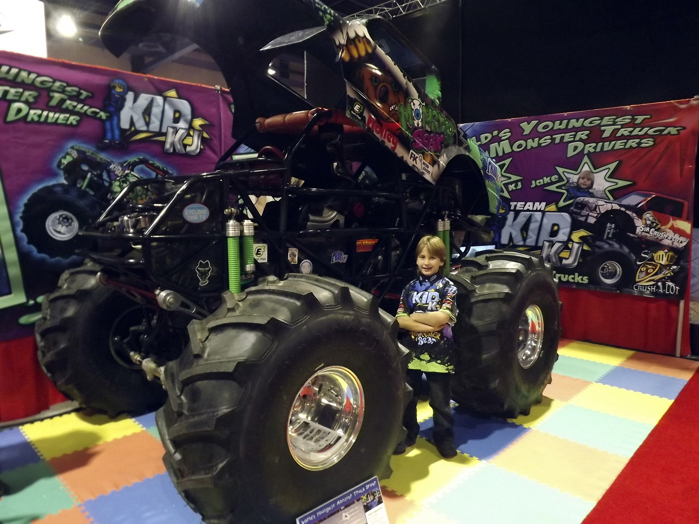 Seattle Djc Com Local Business News And Data Machinery 8 Year Old Kj Drives Monster Trucks Like A Pro